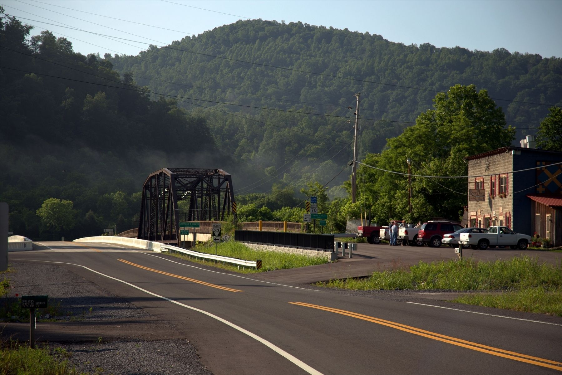 Kyles Ford – New and old Route 70 Bridges Over the Clinch River image. Click for full size.