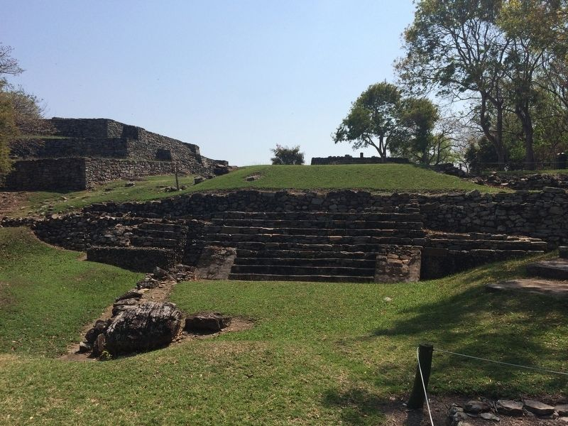 Indigenous ruins at Quiahuiztlán image. Click for full size.