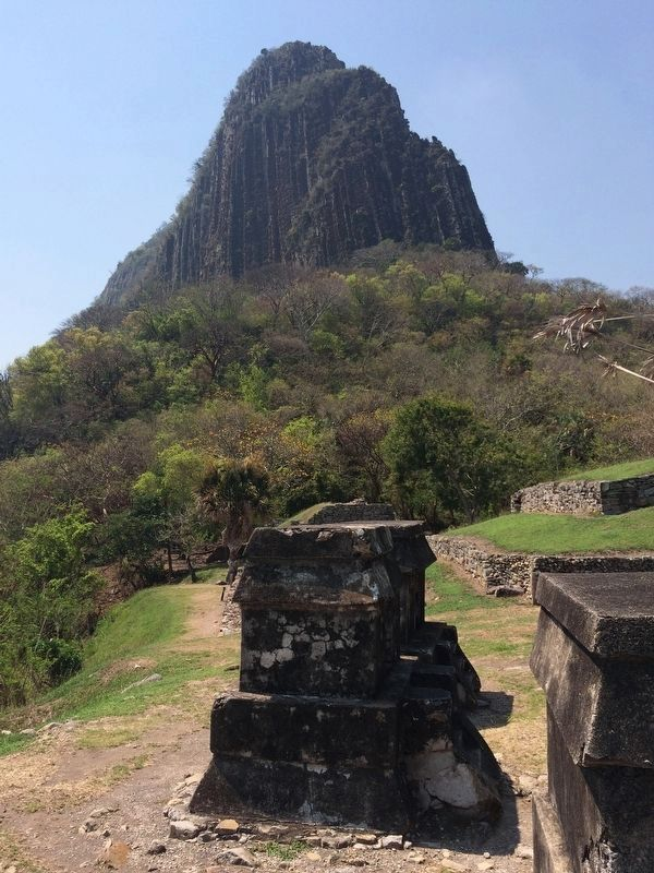 Bernal Hill at Quiahuiztlán image. Click for full size.