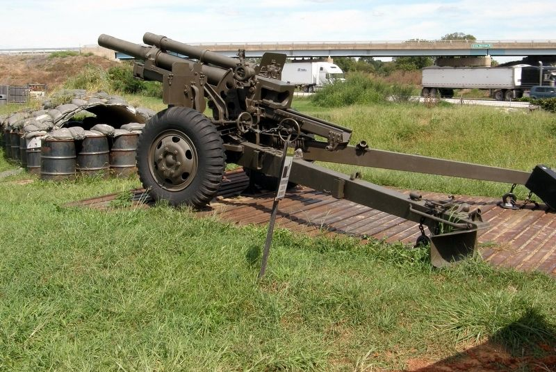 M101A1 105mm Towed Light Howitzer on display image. Click for full size.