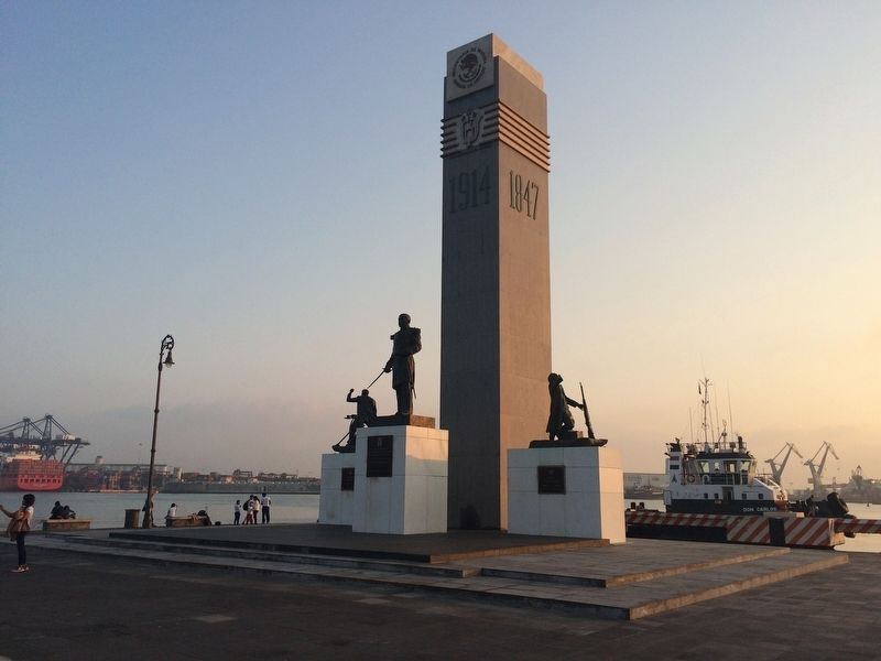 Monument to the Heroes of 1914 image. Click for full size.