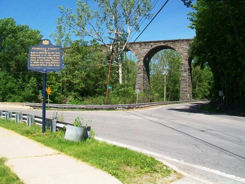 Starrucca Viaduct and Marker image. Click for full size.