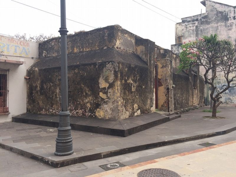 A portion of the wall of Veracruz image. Click for full size.