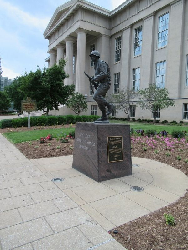 Kentucky Medal Of Honor Memorial image. Click for full size.