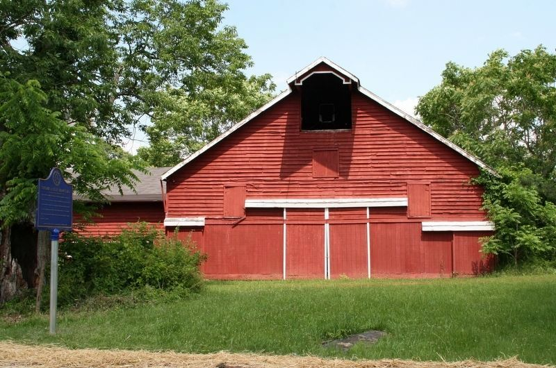 Thomas P. Huff Farmstead Dutch Barn image. Click for full size.
