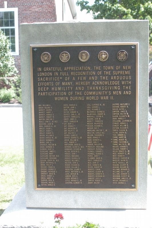 New London NH War memorial Marker image. Click for full size.