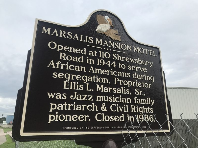 Marsalis Mansion Motel Marker image. Click for full size.