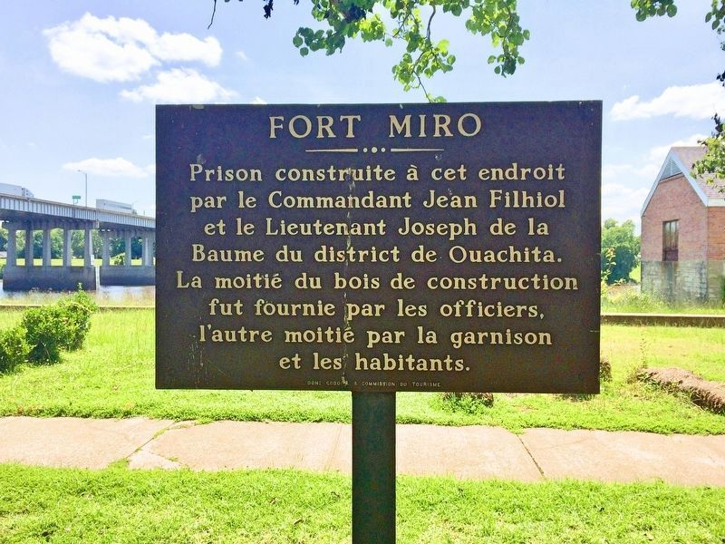 French translation marker next to the Fort Miro Marker. image. Click for full size.