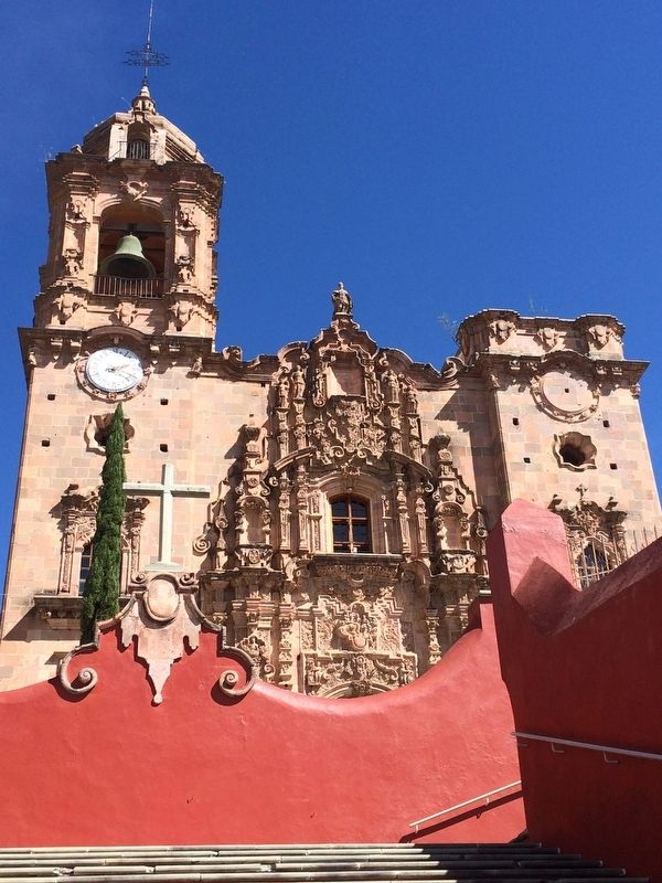 An additional view of the Church of San Cayetano de Valenciana image. Click for full size.