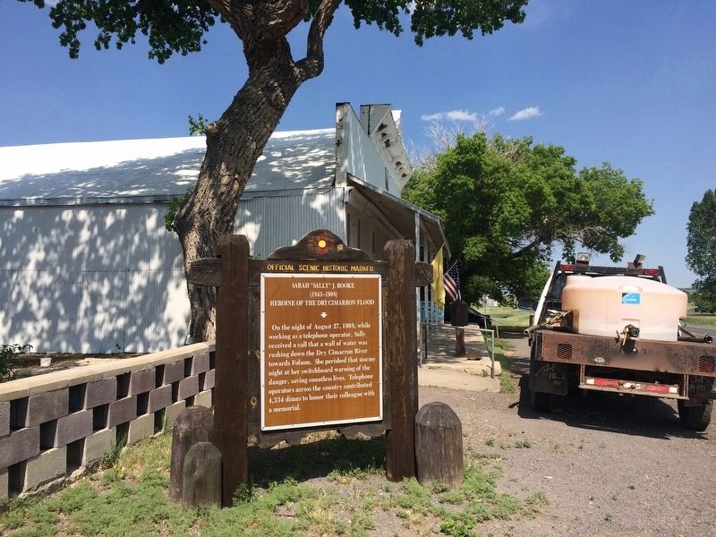 View of the marker to the west of the Folsom Museum. image. Click for full size.