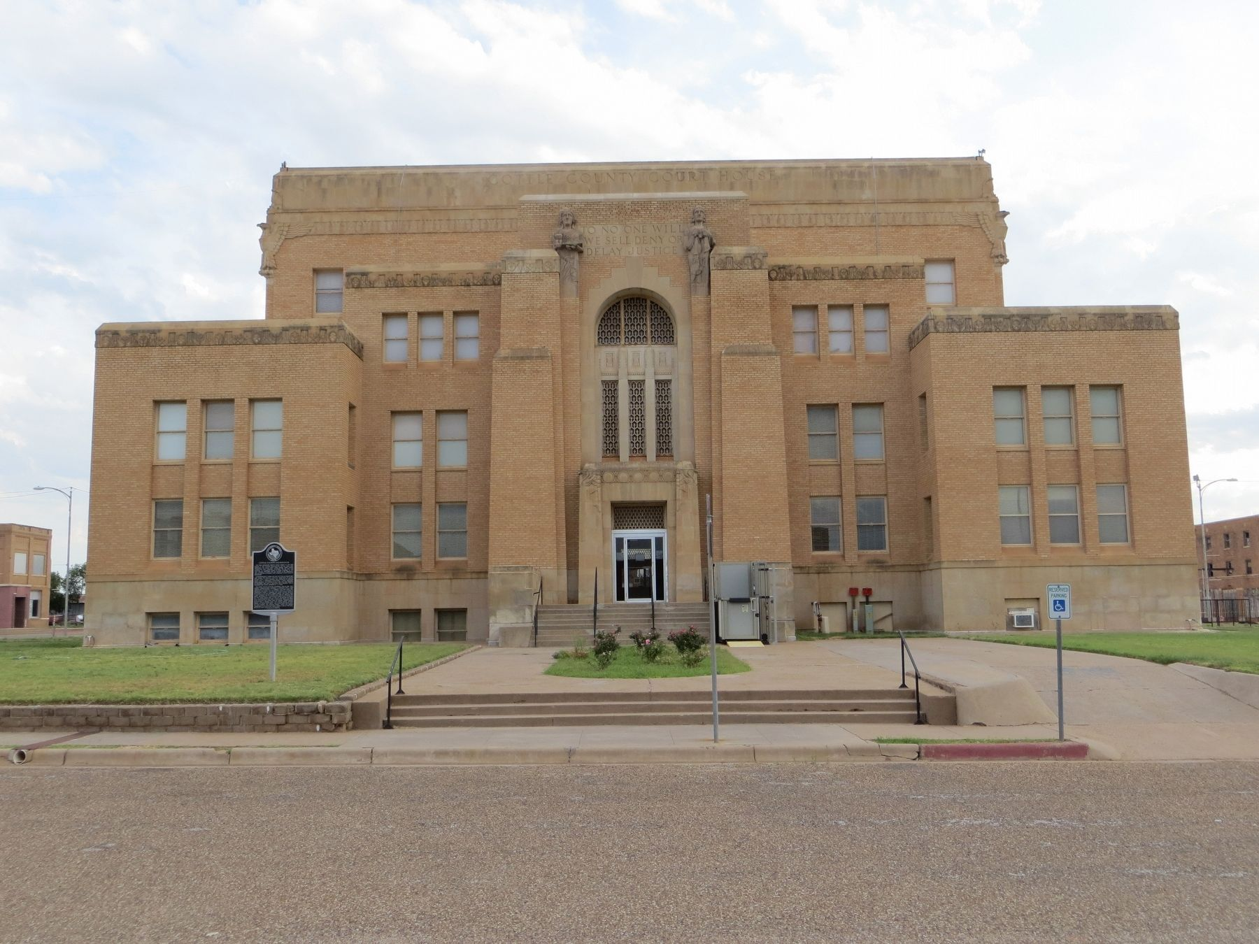 Cottle County Courthouse image. Click for full size.