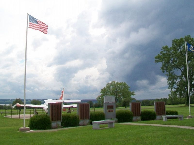 Sampson Naval Training Base World War II Honored Dead Memorial image. Click for full size.