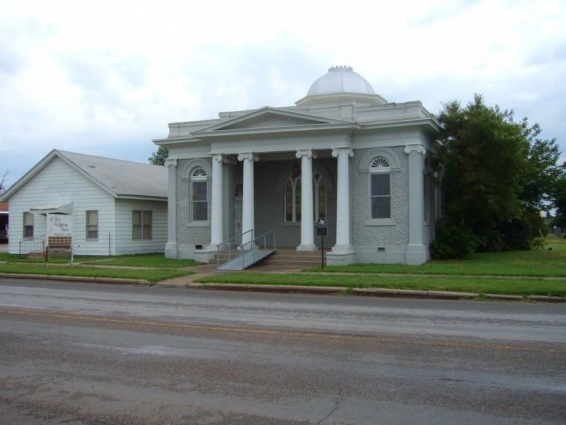 First Presbyterian Church of Quanah image. Click for full size.