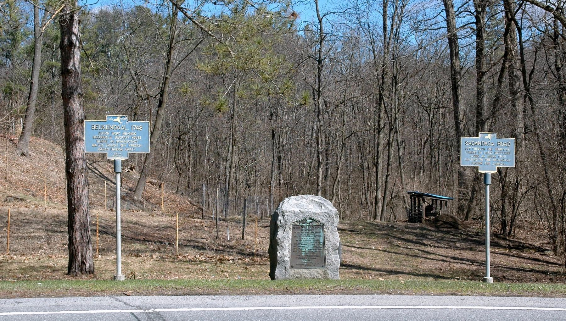 Sacandaga Road Marker image. Click for full size.