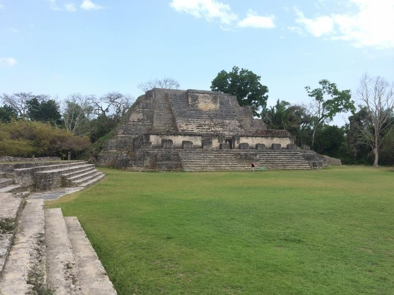 The B4 Temple at Altun Ha, site of the discovery of the Jade Head image. Click for full size.