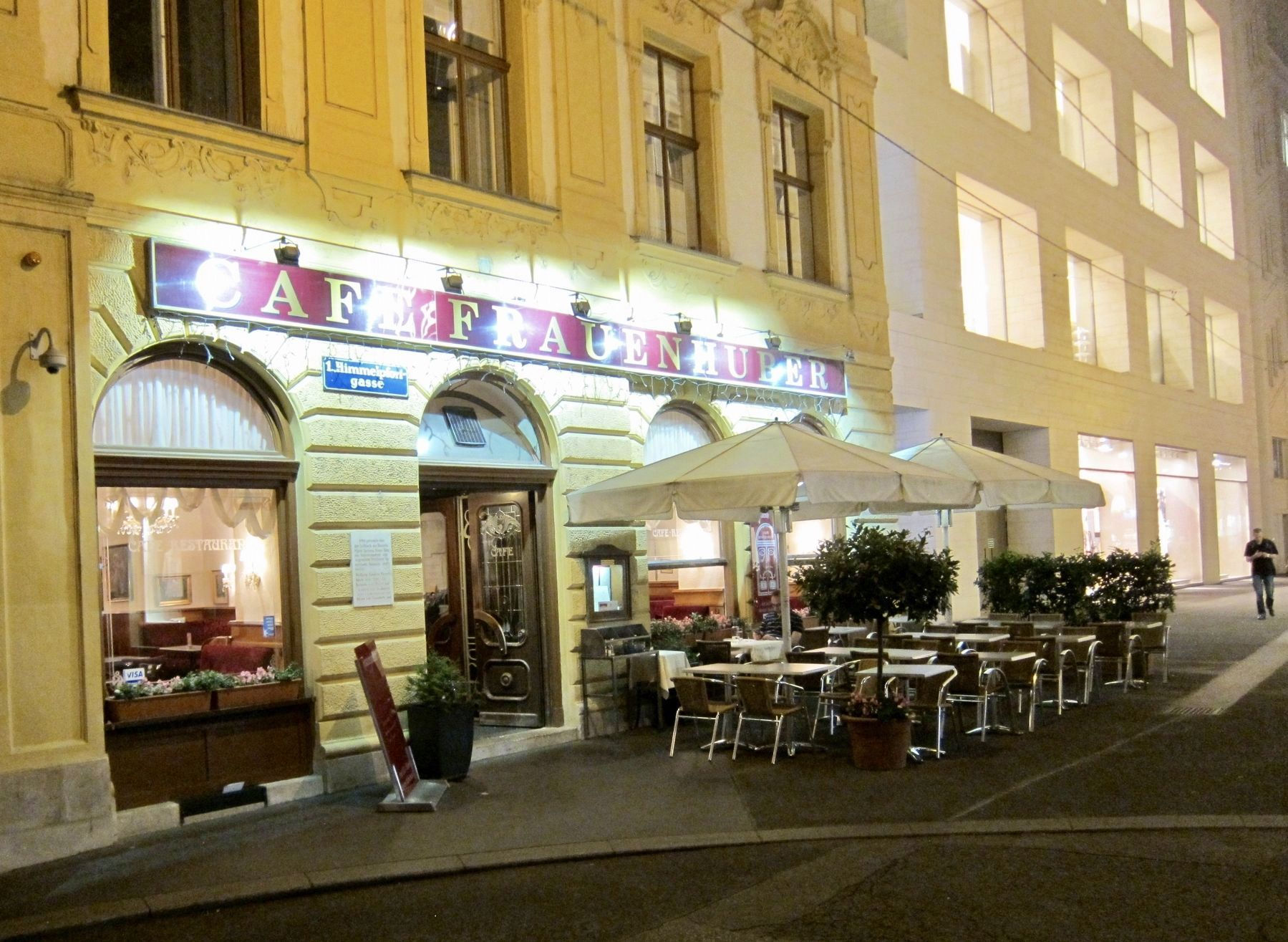 Café Frauenhuber Marker - Wide View image. Click for full size.