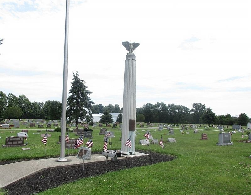 LaRue Veterans Memorial Column Marker image. Click for full size.
