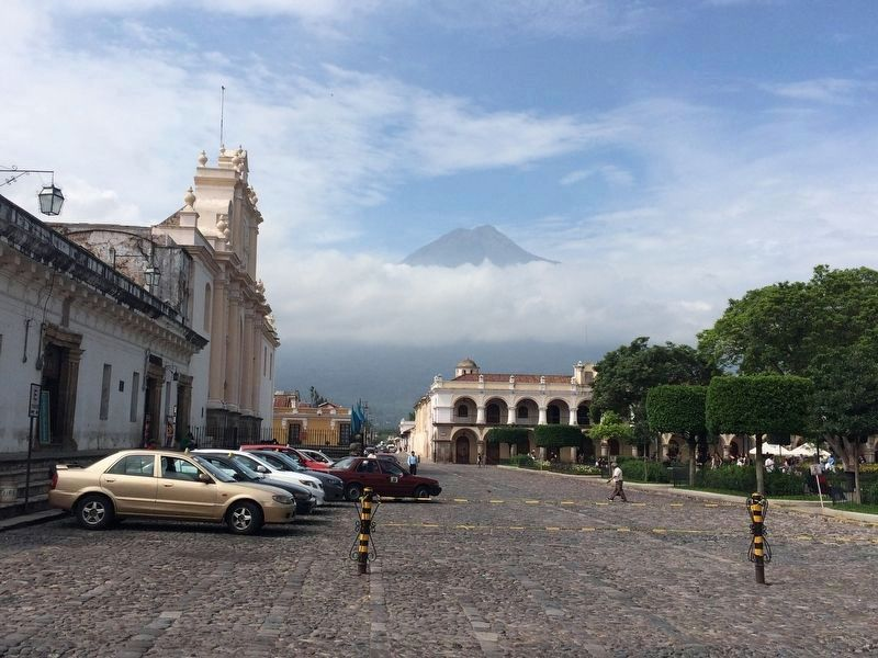 Cathedral of Antigua Guatemala image. Click for full size.