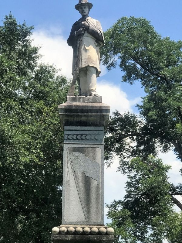 Confederate Soldiers Monument Marker image. Click for full size.