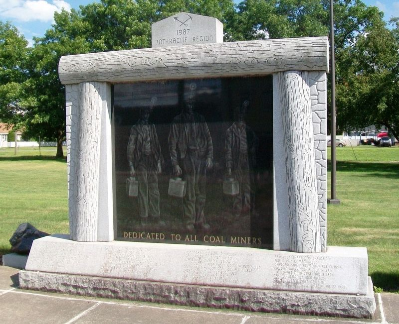 Coal Miners Memorial image. Click for full size.