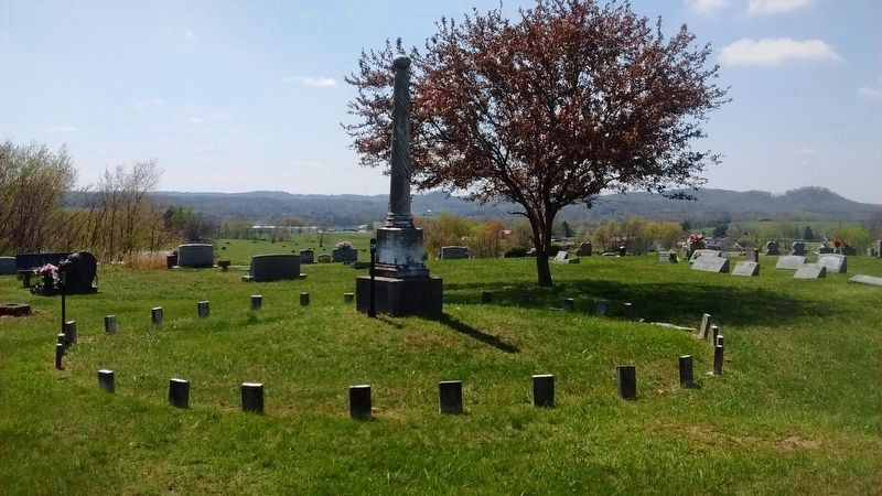 Civil War Monument in Crab Orchard Cemetery image. Click for full size.