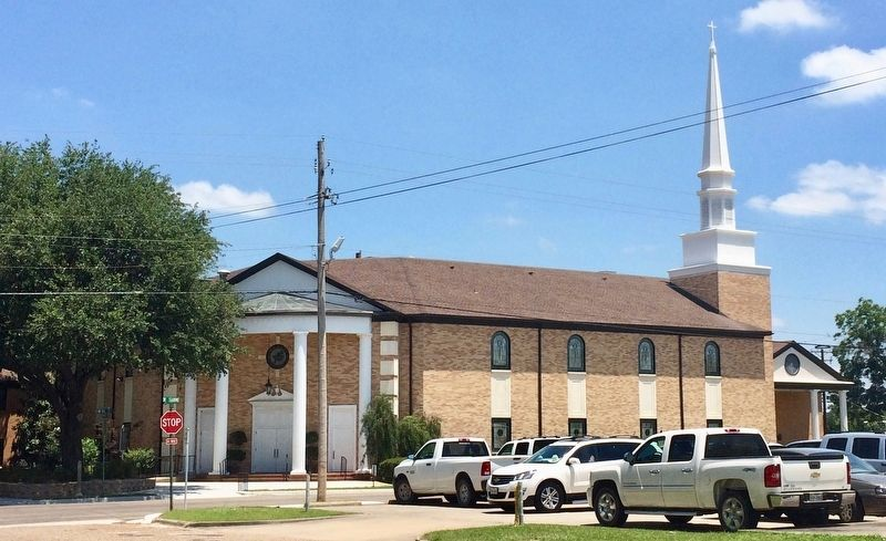 The Central Baptist Church image. Click for full size.