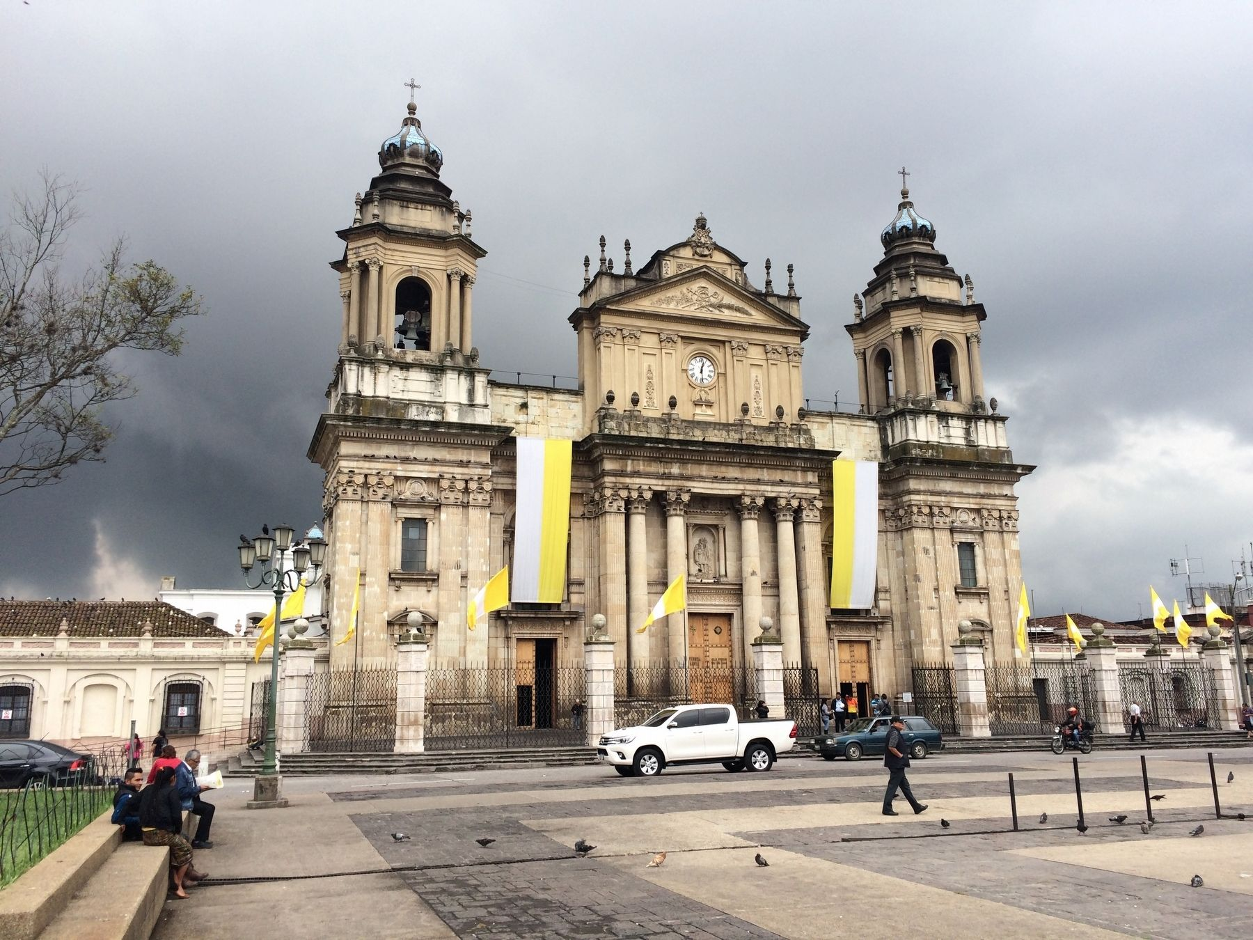 The Cathedral of Guatemala City image. Click for full size.