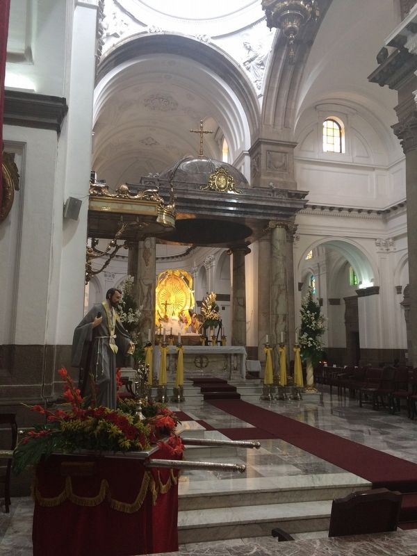 The altar of the Cathedral of Guatemala City image. Click for full size.