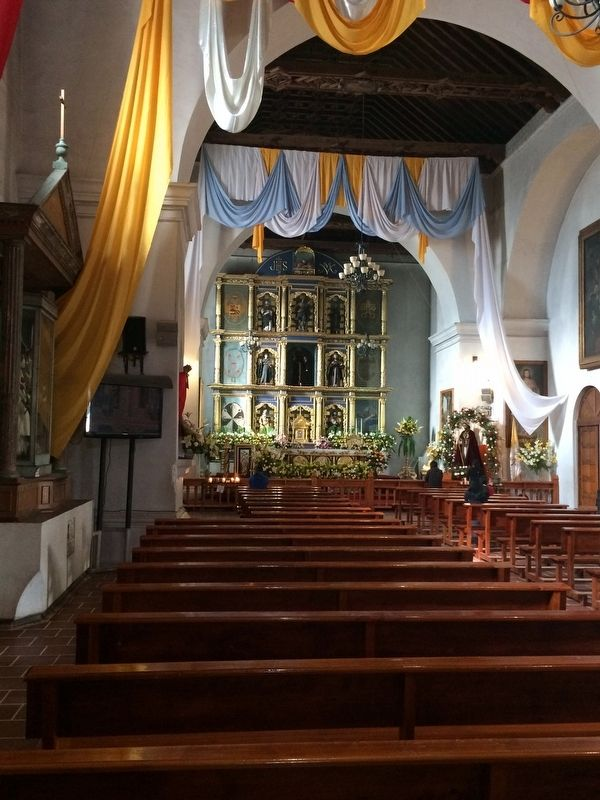 The interior of the Church of San Francisco of Tecpán image. Click for full size.