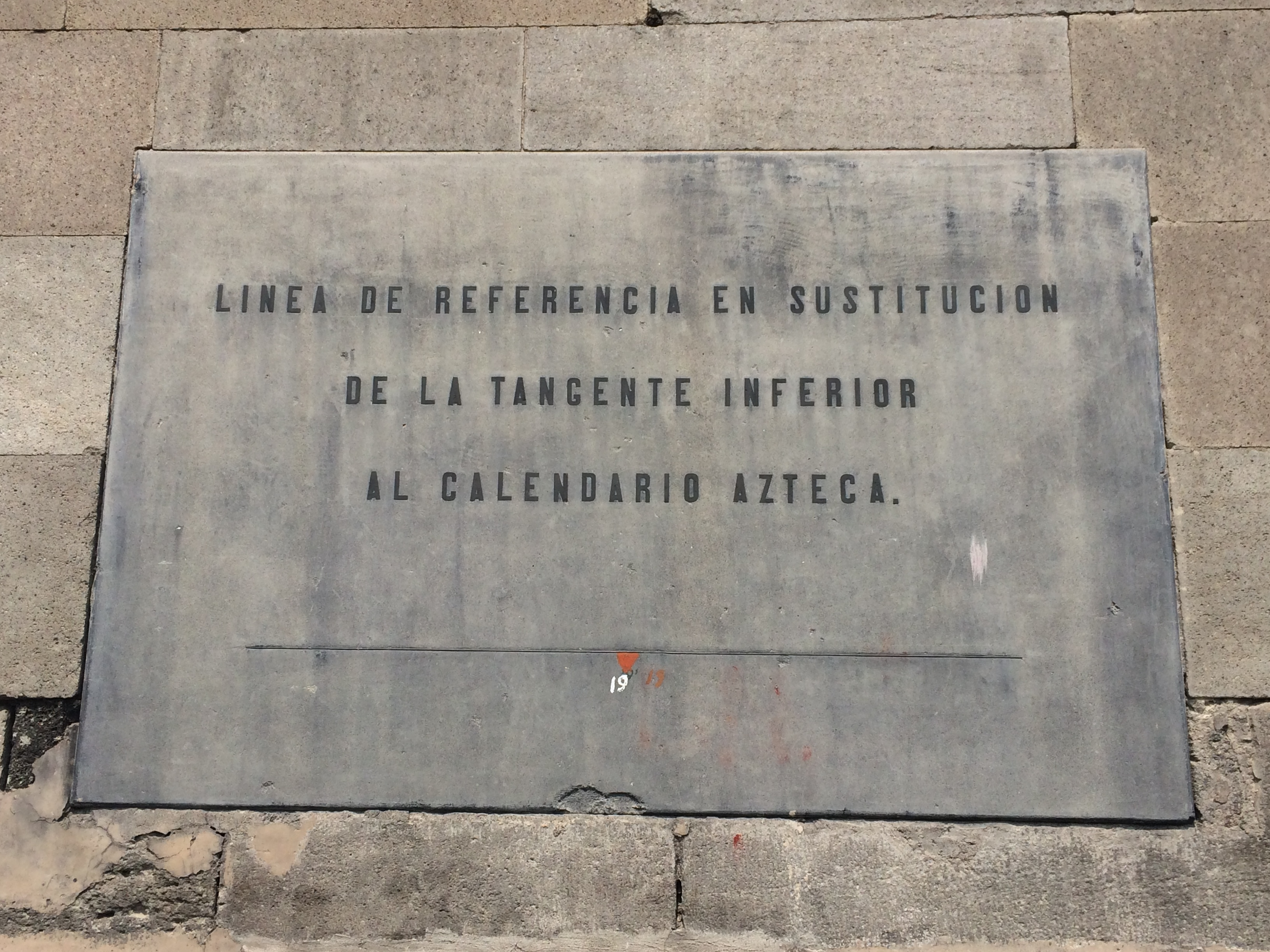 "An additional marker showing the previous location of the ""Piedra del Sol"" (The Stone of the Sun)"