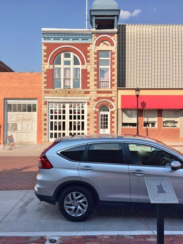 Trinidad's First City Building, old Firehouse, former Children's Museum and marker. image. Click for full size.