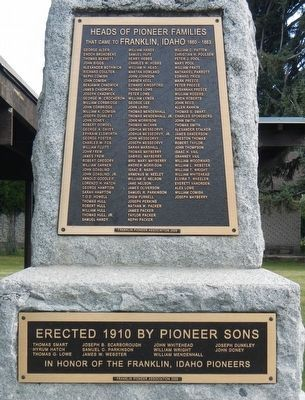 Pioneer Families Monument image. Click for full size.