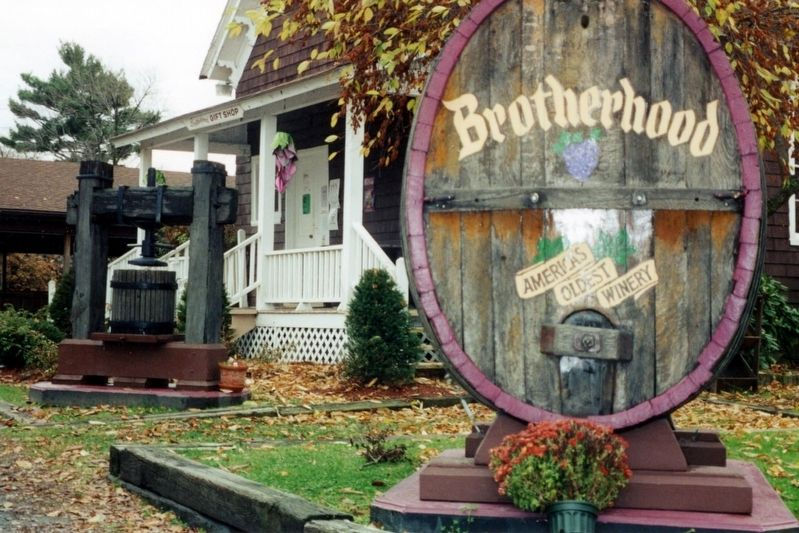 On the Brotherhood Winery grounds image. Click for full size.