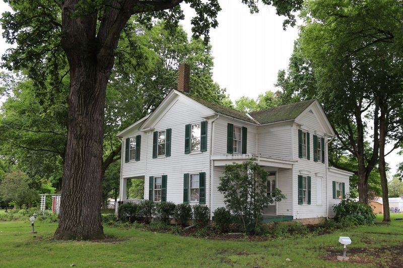 The Durham-Perry Farmhouse, Facing Kennedy Drive (State Route 102) image. Click for full size.