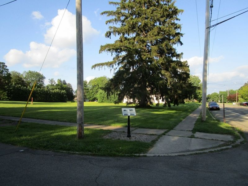 Lakewood School Site & Marker image. Click for full size.