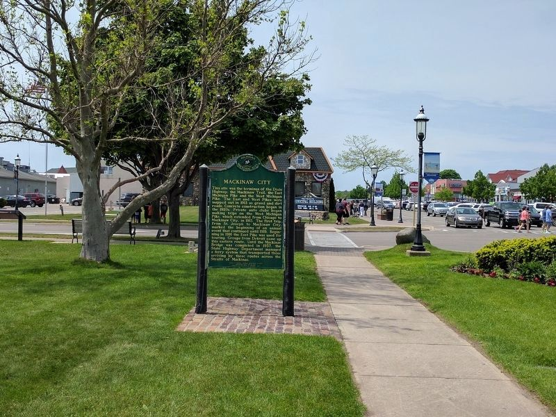 Mackinaw City Marker image. Click for full size.