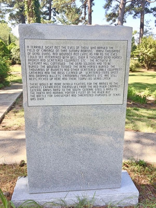 Welcome to Old Pleasant Hill Monument (Rear) image. Click for full size.