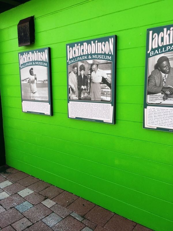 Jackie And Rachel Robinson Arrive In Daytona Beach image. Click for full size.