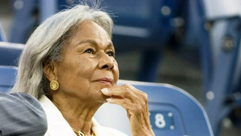 Rachel Robinson 2013 image. Click for full size.