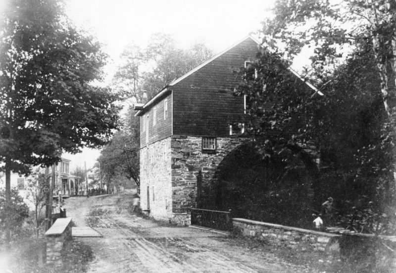 Grist Mill no longer standing image. Click for full size.