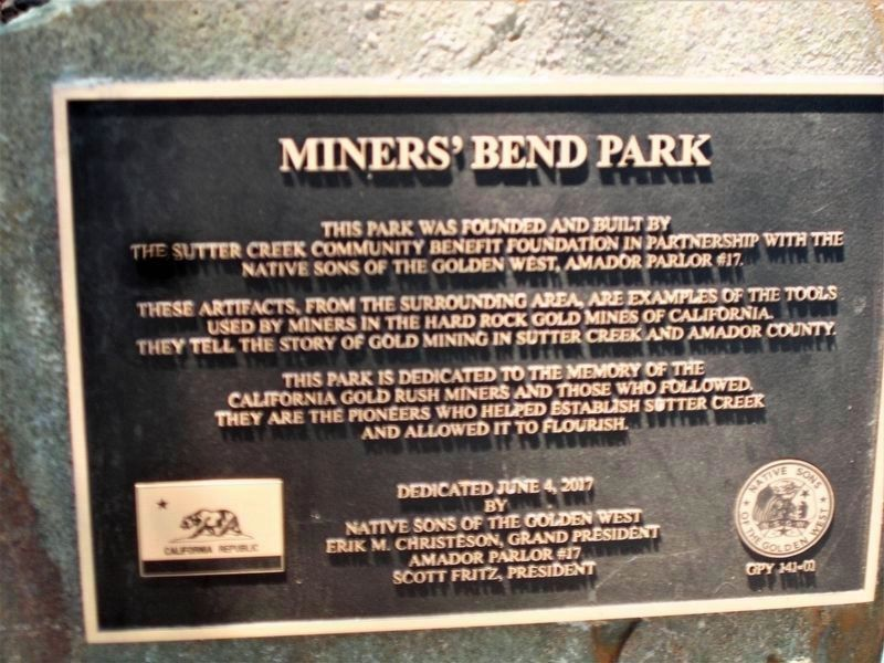 Miners' Bend Park Dedication Plaque - Native Sons of the Golden West, Amador Parlor #17 image. Click for full size.