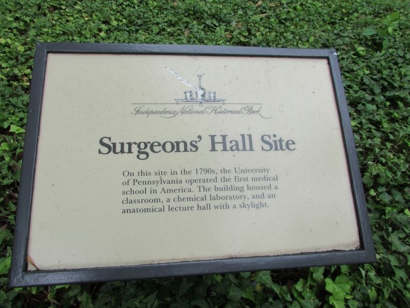 Surgeons' Hall Site Marker image. Click for full size.