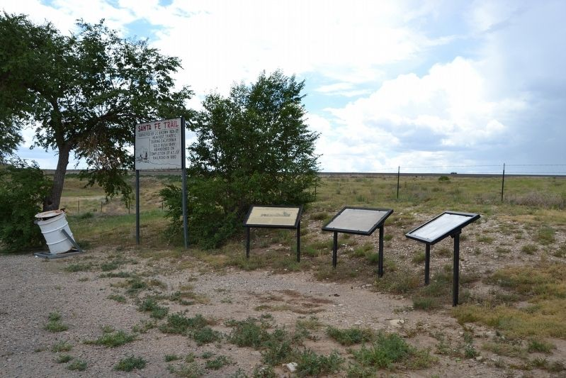 Santa Fe Trail Markers image. Click for full size.