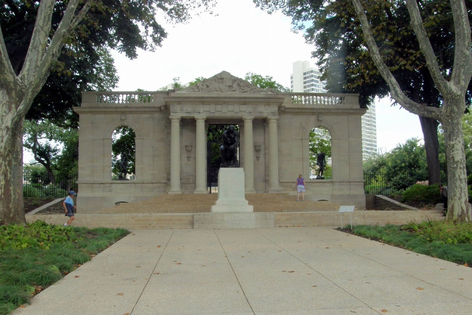 The portico image. Click for full size.