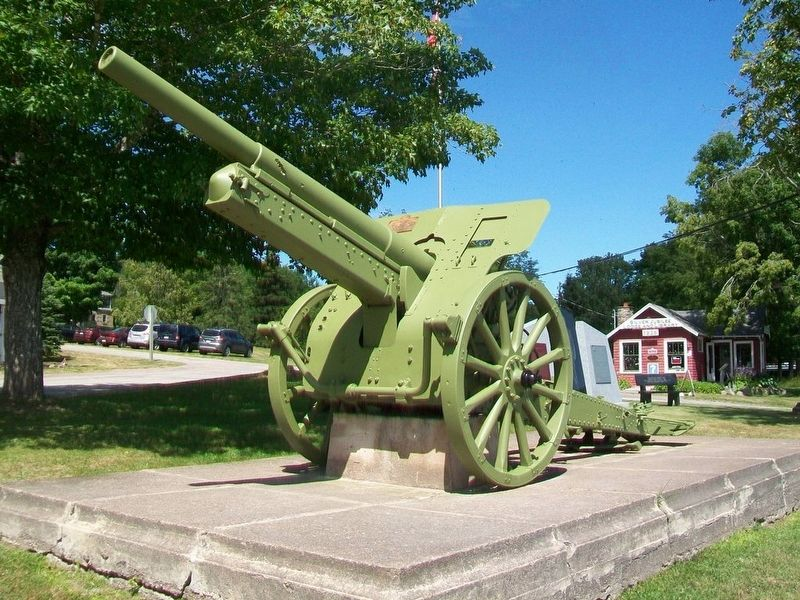 WWI 10cm K 14 German Field Gun and Marker image. Click for full size.