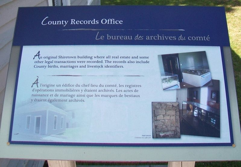 County Records Office / <i>Le</i> bureau <i>des</i> archives <i>du</i> comté Marker image. Click for full size.