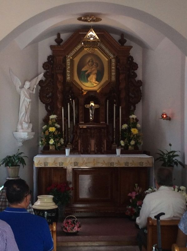 The altar of the shrine of Schoenstatt at Querétaro image. Click for full size.