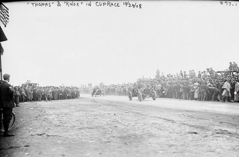 "<i>""Thomas"" and ""Knox"" in cup race [Vanderbilt Cup Auto Race]</i> image. Click for full size."