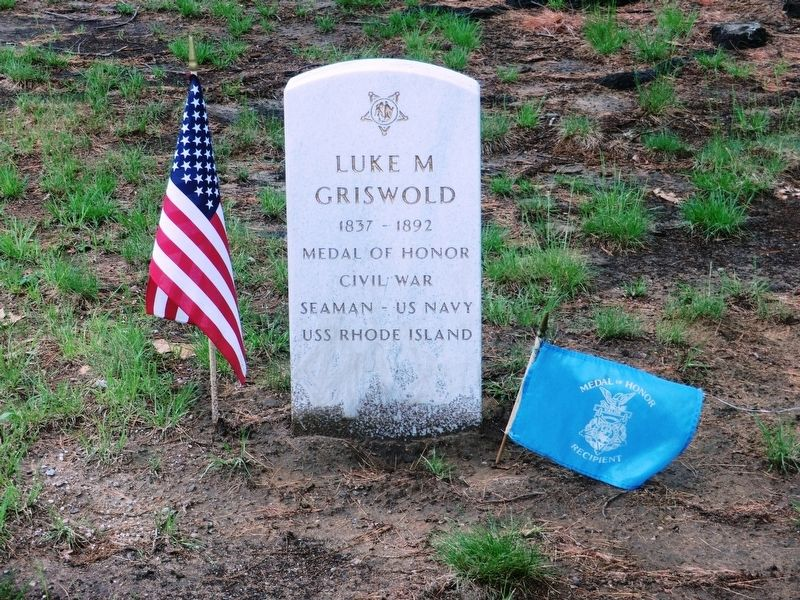 Luke Griswold-Civil War Congressional Medal of Honor Recipient grave marker image. Click for full size.
