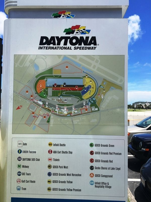 Daytona Speedway Layout image. Click for full size.